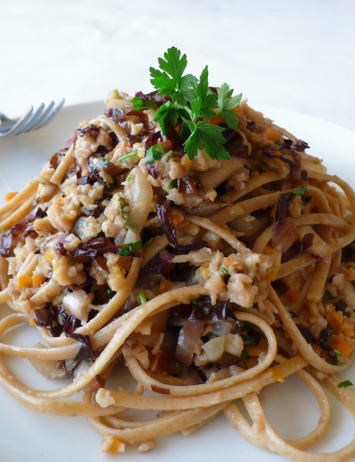 Linguine with radicchio and seitan ragù