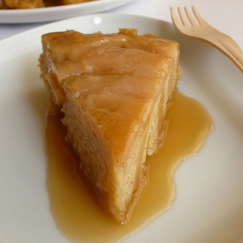 Granny Smith apple cake with rice malt caramel sauce